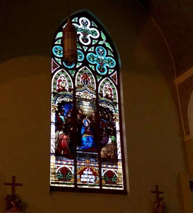 ic church stained glass